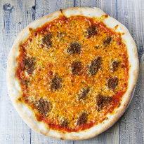 Bolognese pizza