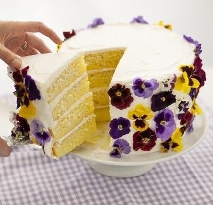 ehető virágos torta