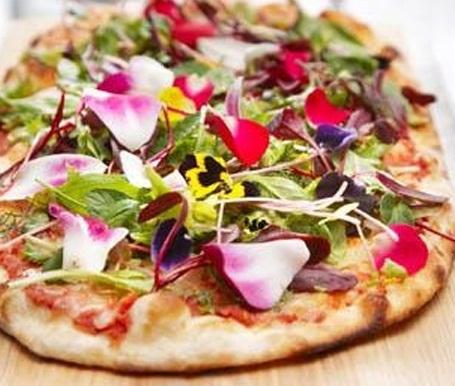 ehető virágos pizza