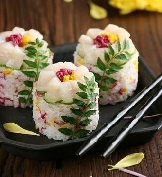 ehető virágos sushi