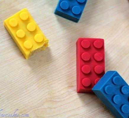 Lego süti