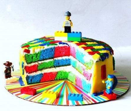 Lego szülinapi torta